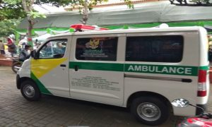 Baznas menyerahkan 2 unit mobil ambulance untuk Kecamatan Lasem dan Kecamatan Kaliori.