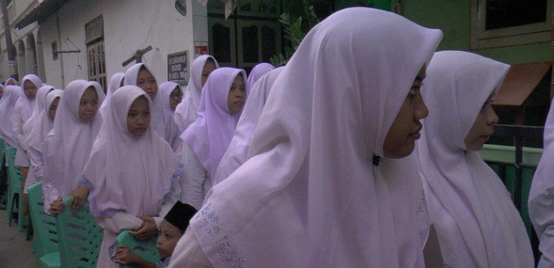 Riwayat Dipilihnya Nama Pondok Al-Anwar Sarang, Kiai Maimoen Zubair Berbagi Cerita