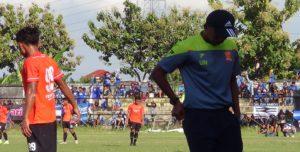 Pelatih PSIR, Uston Nawawi.