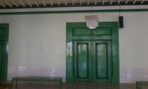 Berbagai sisi Masjid Jami' Sedan. Tampak di pintu utamanya tercantum tahun pembangunan.