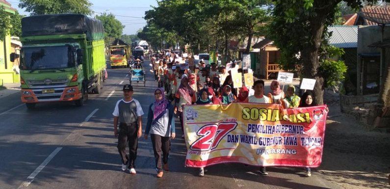 Ratusan Orang Turun Ke Jalan, Bawa Misi Demokrasi