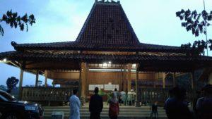 Bangunan pendopo di Desa Pondokrejo, Kecamatan Bulu.