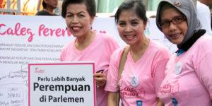 Aktivis menyerukan semangat agar kaum perempuan yang duduk di legislatif semakin banyak. (merdeka.com).