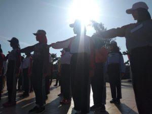 Anggota Paskibra Kabupaten Rembang mengikuti latihan di Alun – Alun Rembang.