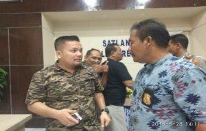 Kasat Reskrim Polres Rembang, AKP Kurniawan Daeli (kiri) menyampaikan perkembangan kasus pembunuhan bayi di Sulang.