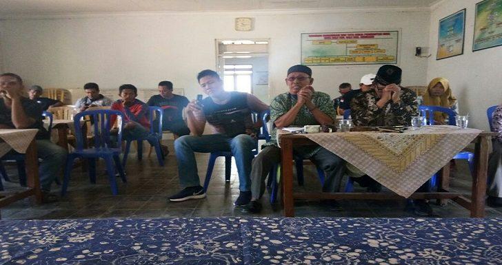 Postingan Facebook, Berujung Penyelesaian Di Balai Desa
