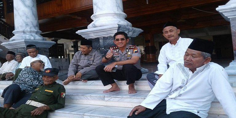 Sikap Polisi Di Rembang, Terkait #2019GantiPresiden
