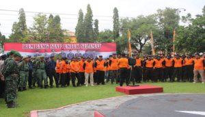 Apel Siaga Bencana di halaman Kantor Setda Rembang, Senin pagi (26/11).