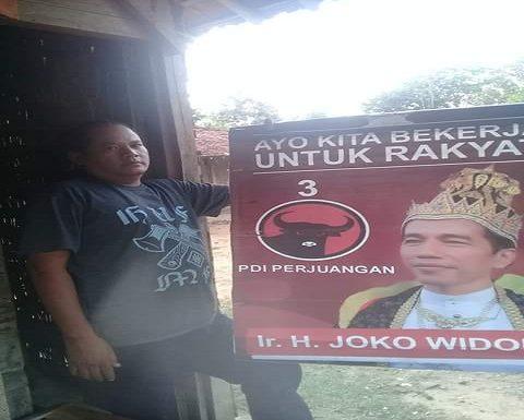 Tim Kampanye Dibuat Repot Atribut Jokowi Ala Raja, Begini Langkah Mereka
