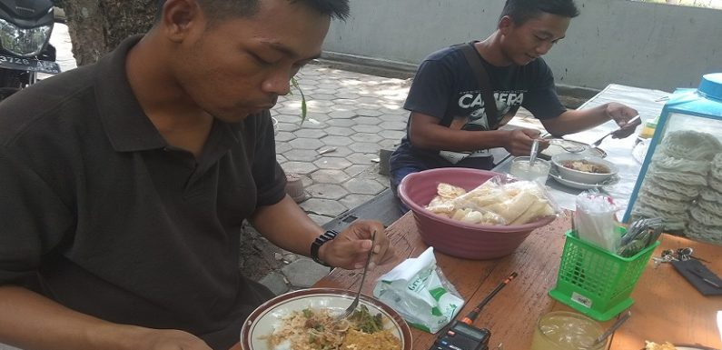 Sepulang Dari Misi Lion Air, Dua Relawan Rembang Punya Cerita Bikin Trenyuh
