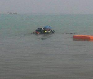 Aktivitas latihan penyelam di perairan Rembang.