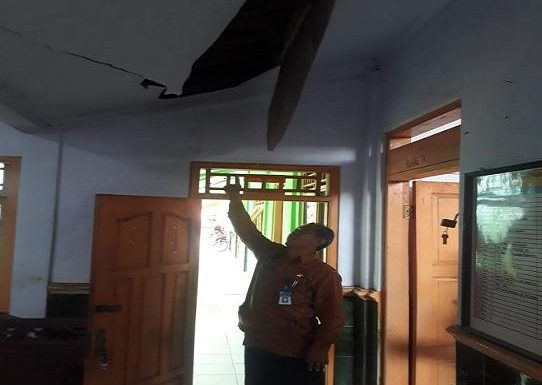 Sekolah Dibobol, Modusnya Nekat