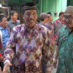 Bupati Rembang, Abdul Hafidz bersama dengan Ketua DPRD, Majid Kamil (baju hijau).
