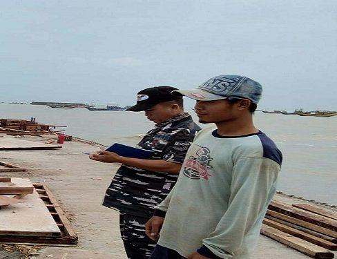 Tongkang Hantam Sejumlah Kapal, Nelayan Tuntut Penyelesaian