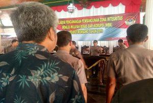 Deklarasi pencanangan pembangunan zona integritas yang digelar Polres Rembang di pendopo Museum Kartini, Selasa (19/03).