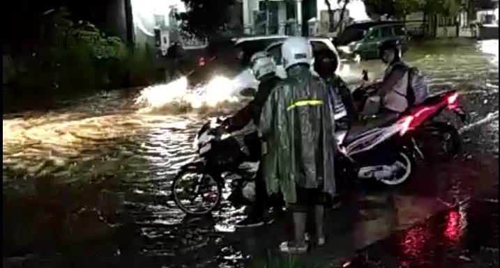 Banjir Di Jl. Rembang – Blora, Dampaknya Beragam