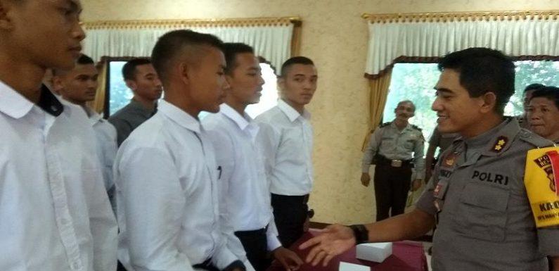 Seorang Pendaftar Polisi Kecelakaan, Kapolres Berikan Dua Pesan Khusus Untuk Pendaftar Lain