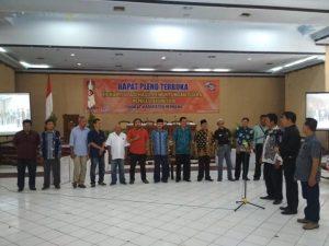Suasana rekapitulasi suara tingkat Kabupaten Rembang, Selasa (30/04). Perwakilan partai politik mengucapkan janji menjaga kondusivitas, sebelum rekap dimulai.