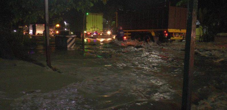 Banjir Parah, Mulai Rumah Hingga Jalur Pantura