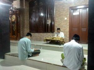 Suasana Masjid Ma'dum Ibrahim Sunan Bonang di Desa Bonang, Kec. Lasem, menjadi saksi sejarah perjuangan Sunan Bonang.