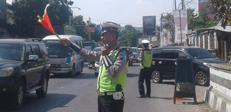 Arus Mudik Yang Lewat Pantura Rembang Diprediksi Turun, Polisi Ungkap Penyebabnya