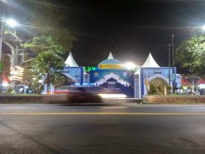 Pos pelayanan Lebaran sudah berdiri di pinggir jalur Pantura Alun-Alun Rembang.