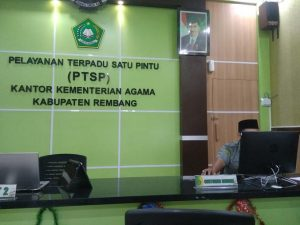Loket pelayanan terpadu satu pintu di kantor Kementerian Agama Kabupaten Rembang.