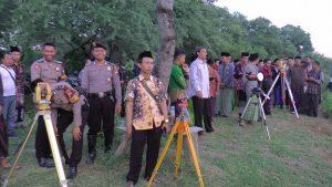 Suasana Watu Layar di dekat Pantai Binangun Lasem, ketika proses memantau hilal, Minggu petang (05/05).