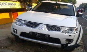 Situasi TKP kecelakaan di Jl. Rembang – Blora, Desa Kedungrejo, Senin pagi.