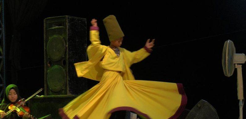 Rahasia Dibalik Penari Sufi Kuat Memutar Berjam-Jam