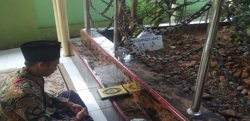 Sepeninggal Kyai Ahmad Syahid, Tokoh Inilah Yang Mengasuh Ponpes Al-Hamdulillah