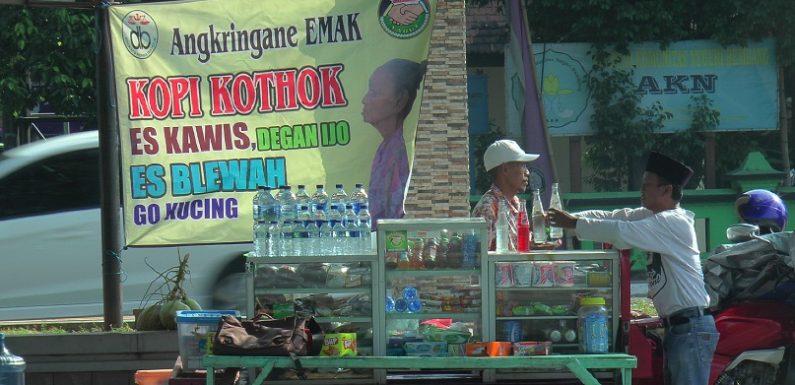 Tekad Penjual Angkringan Duduki Kursi Bupati, Kisahkan Pengumpulan KTP