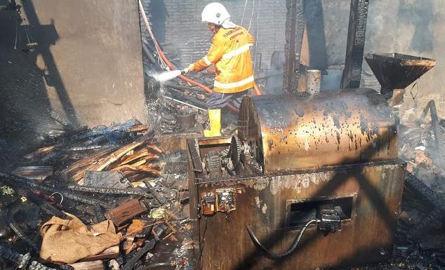 Kebakaran Sumberejo, Kisah Petugas Damkar Tembus Kepadatan Karnaval