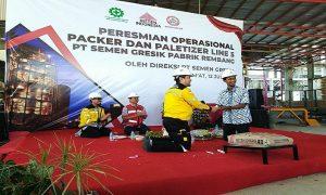 Peresmian packer dan paletizer 5 di PT Semen Gresik Pabrik Rembang, Jum'at (12/07).
