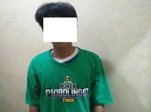 Tersangka pelaku diamankan aparat Polres Rembang. (Foto atas) Barang bukti motor yang dicuri.