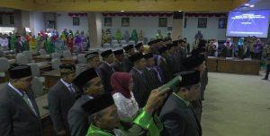 Pelantikan anggota DPRD Rembang periode 2019 – 2024, di gedung DPRD, Selasa (20/08).