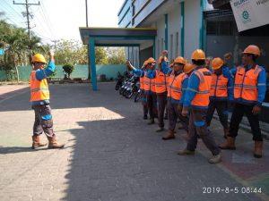 Petugas lapangan PLN Rayon Rembang tetap siaga, meski belum ada informasi rencana pemadaman bergilir di Kabupaten Rembang.