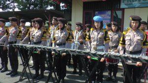 Kelompok musik Polres Rembang.