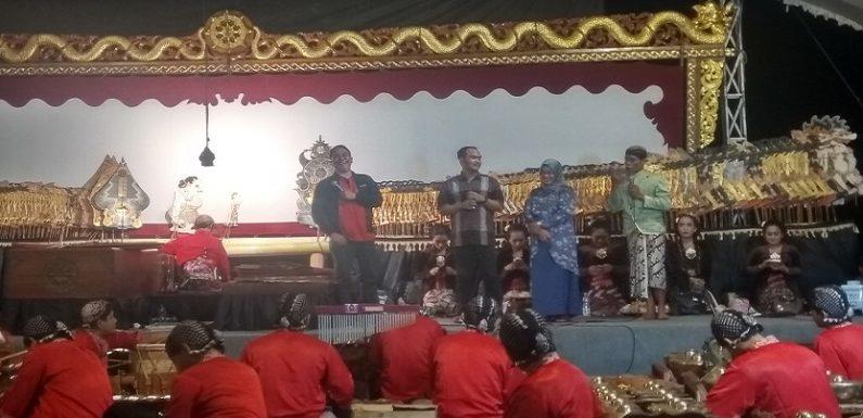 Hiburan Lima Malam Berturut-Turut Di Tegaldowo, Ketua PDI Perjuangan Sampai Heran