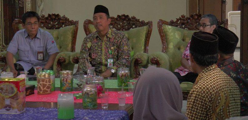 Dua Alasan Kuat, Kenapa Bupati Menolak Pegawai Negeri Nyalon Kepala Desa