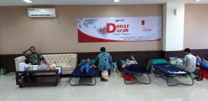 Kegiatan donor darah di rumah sakit Bhina Bhakti Husada Rembang, Kamis (26/09).