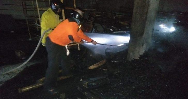 Sehari 5 Kali Kebakaran, Petugas Damkar Nyaris Tak Istirahat