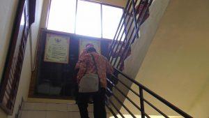Pengurus PPNI Kab. Rembang mendatangi Mapolres setempat, Jum'at. (Foto atas) Suasana di depan ruang HND Rumah Sakit dr. R. Soetrasno.