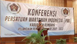Wakil Bupati Rembang, Bayu Andriyanto menghadiri konferensi PWI Kabupaten Rembang, Rabu (23/10).