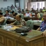 Berbagai pihak datang di gedung DPRD Rembang, Jum'at (11/10), guna membahas polemik Pilkades Desa Blimbing.