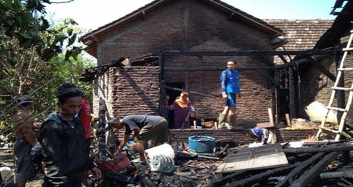 Memasak Lonthong, Berujung Kebakaran