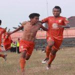 Sejumlah pemain PSIR Rembang ketika merayakan gol, pada musim kompetisi 2018 lalu. Entah kapan momen itu akan terulang lagi.