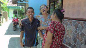 Kusriyanto, calon Kades terpilih di Desa Pandean, Rembang selama ini dikenal dekat dengan masyarakat.