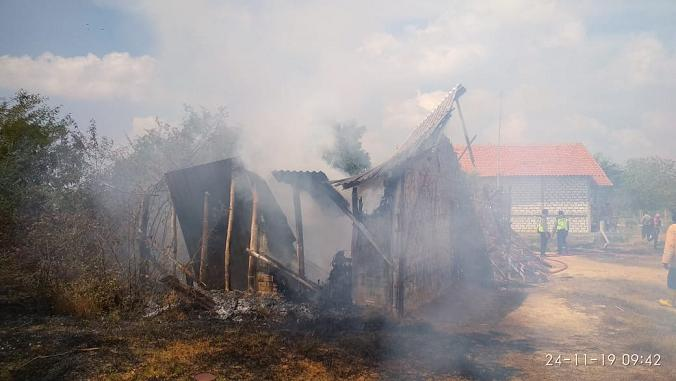 Membakar Lahan, Malah Ludeskan Bangunan