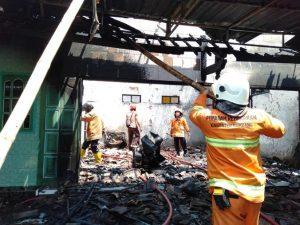 Lokasi kebakaran di Desa Karas, Kec. Sedan, Jum'at (08/11).